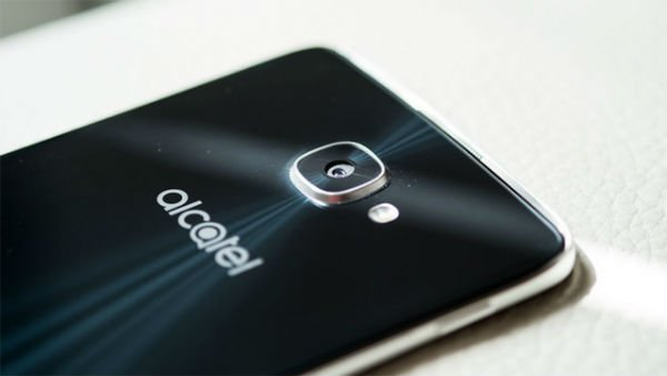 Alcatel Idol 5s 01