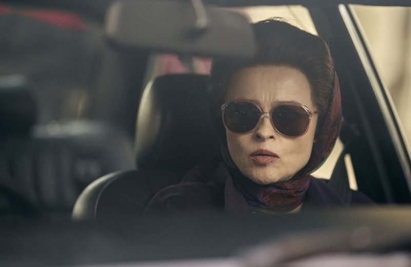 Helena Boham Carter interpretando a la princesa Margarita en The Crown 4