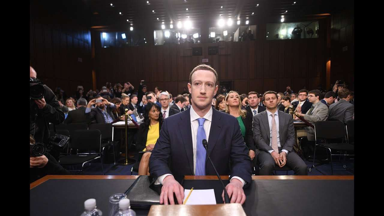 Mark Zuckerberg, CEO de Facebook, en juicio.